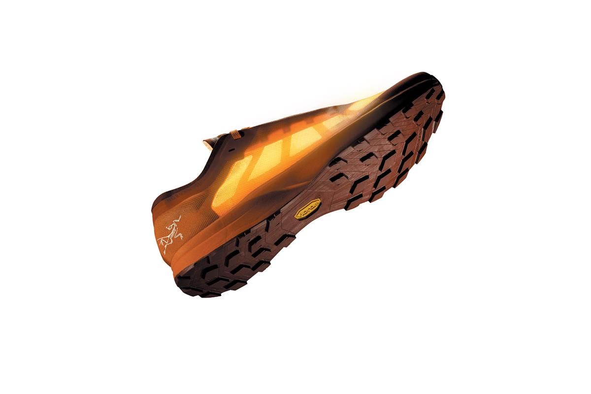 La nouvelle chaussure de trail d'Arc'teryx, la Norvan SL