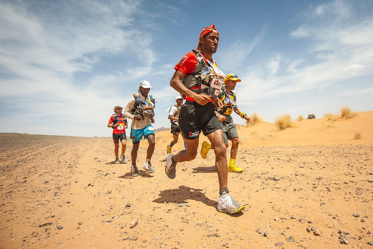 La tête de course pendant Marathon des Sables 2019